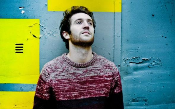 Broken Back : Il annonce la sortie de son premier album avec le titre « Young Souls »