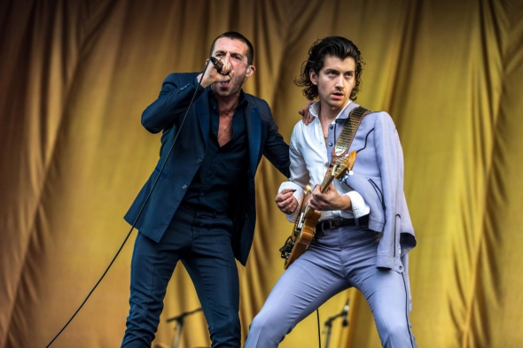 """The Last Shadow Puppets reprennent """"This Is Your Life"""" des Glaxo Babies"""
