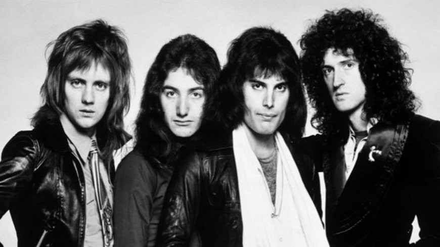 Queen : quand leurs fans rendent hommage ! (VIDEO)
