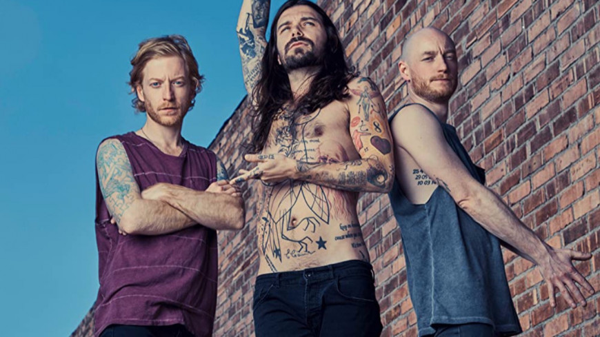 "Biffy Clyro sort ""Tiny Indoor Fireworks"""