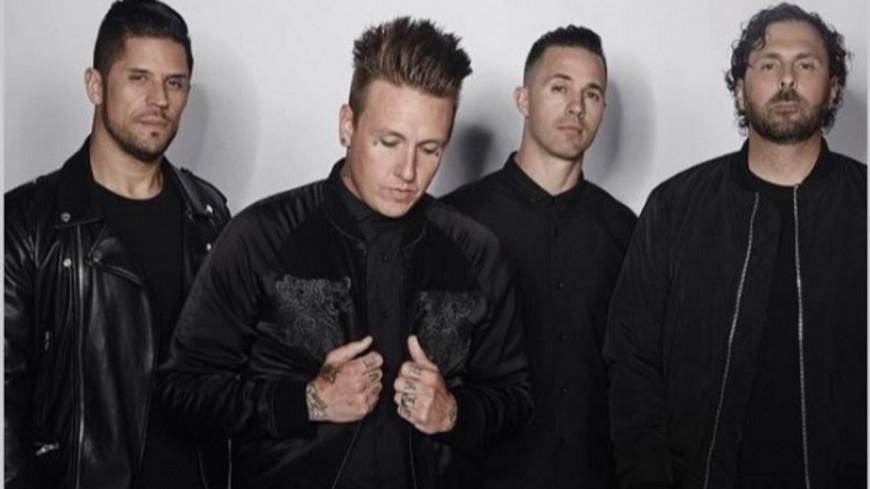 """20 ans après, Papa Roach rajeunit """"Tightrope"""""""