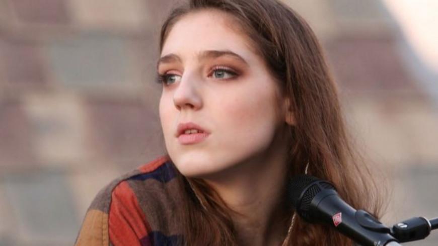 """Birdy dévoile son nouveau titre """"Loneliness"""" (vidéo)"""