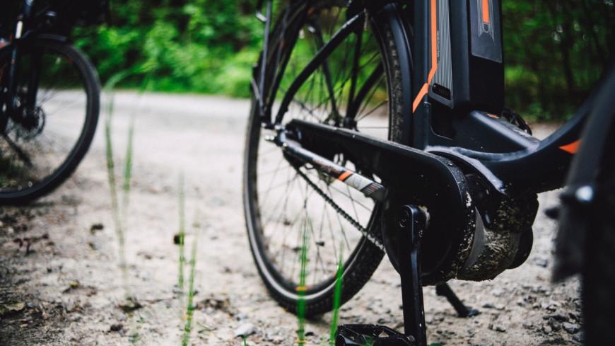 Insolite : Il emprunte l'autoroute avec son vélo électrique (vidéo)