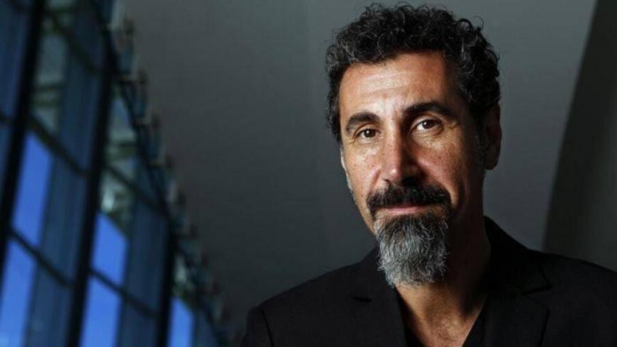 Serj Tankian de System Of A Down dévoile un nouveau titre ! (vidéo)