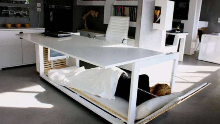 Découvrez le bureau qui se transforme en lit ! (photos)