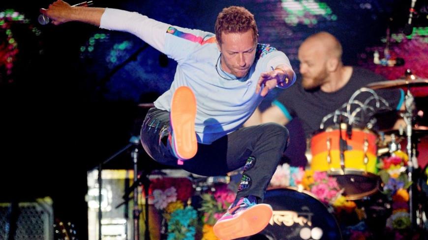 """Coldplay interprète """"Higher Power"""" en live pour Glastonbury (vidéo)"""