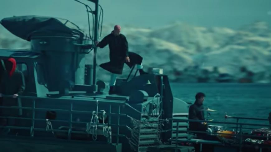 """Twenty One Pilots dans un sous-marin pour le clip de """"Saturday"""" (vidéo)"""