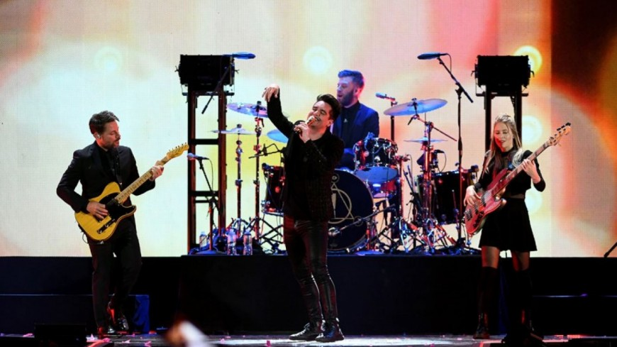 Panic! At The Disco reprend Bohemian Rhapsody lors des American Music Awards 2018 !