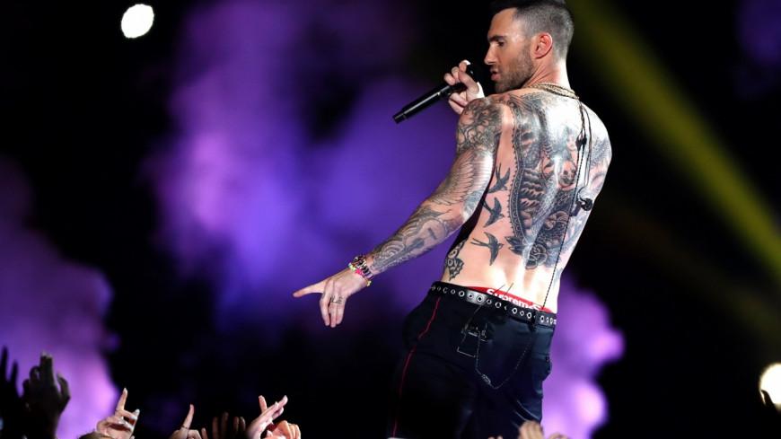 Maroon 5 fait un flop au Super Bowl