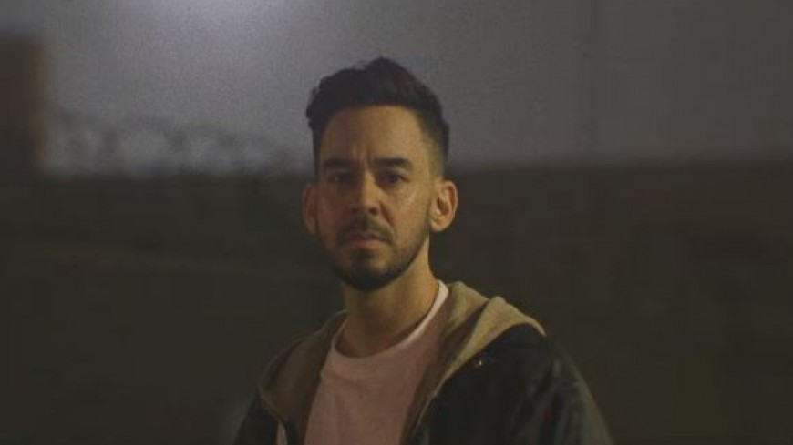 Mike Shinoda - Running From My Shadow (ft grandson)
