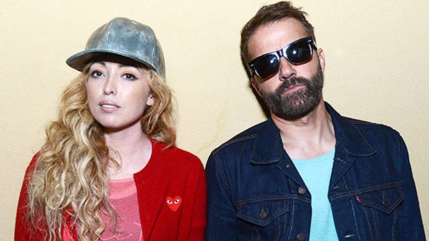 The Ting Tings - Blacklight